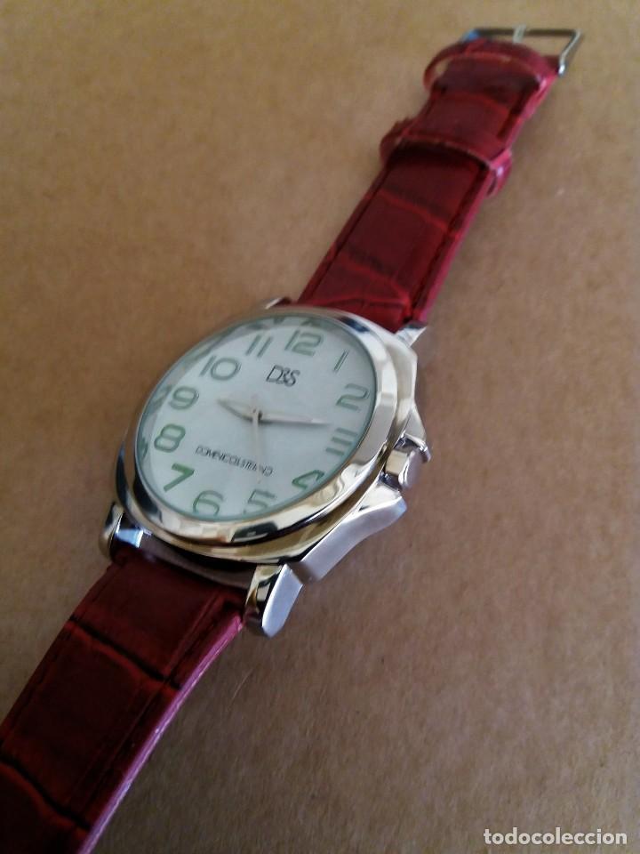 MODERNO RELOJ D&S NUEVO A ESTRENAR (Relojes - Pulsera Carga Manual)