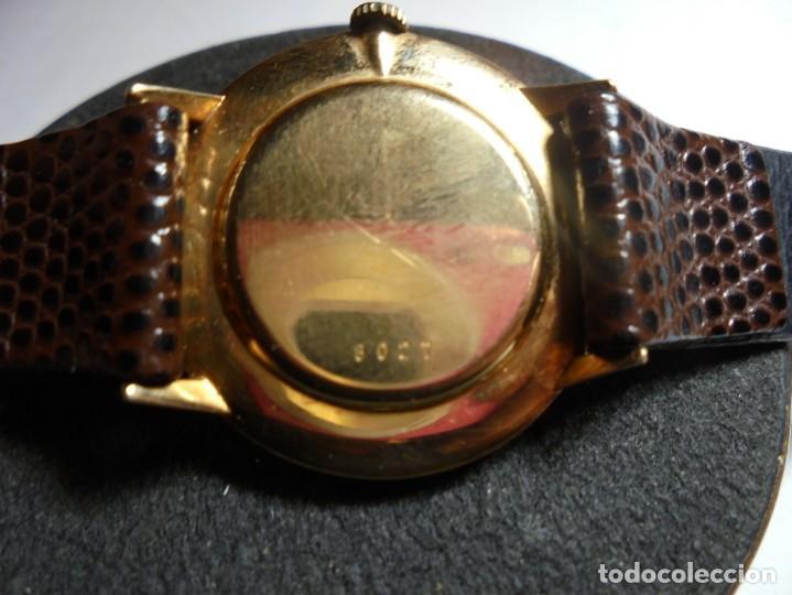 Armbanduhren: magnifico antiguo reloj de oro de 18k universal geneve,funcionando,salida 1 euro - Foto 3 - 151459726