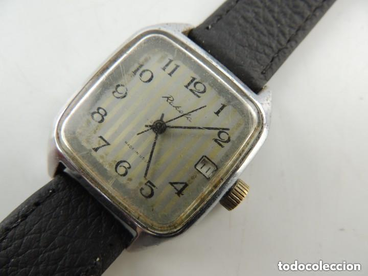 ANTIGUO RELOJ PULSERA DE MARCA RAKETA CON CALENDARIO AÑOS 60 USSR RUSIA CARGA MANUAL (Relojes - Pulsera Carga Manual)