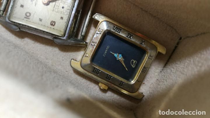 Relojes de pulsera: BOTITO MUEBLE VITRINA DE MADERA DE RAÍZ, MUY COMPACTO. REGALO LOS 45 RELOJES QUE HAY DENTRO - Foto 78 - 159451422
