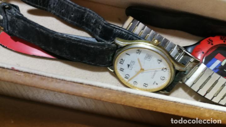 Relojes de pulsera: BOTITO MUEBLE VITRINA DE MADERA DE RAÍZ, MUY COMPACTO. REGALO LOS 45 RELOJES QUE HAY DENTRO - Foto 88 - 159451422