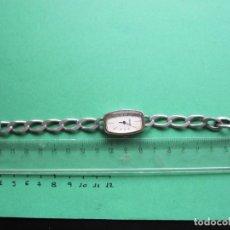 Relojes de pulsera: RELOJ DE PULSERA DE SEÑORA EN PLATA - SAVOY AÑOS 60 EN FUNCIONAMIENTO. Lote 165957690