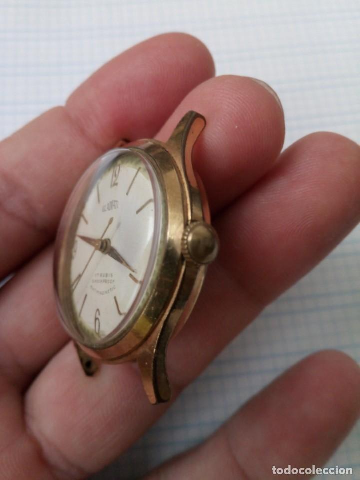 Relojes de pulsera: Reloj antiguo Gladiator de carga manual, eje volante bien pero no funciona, para reparar - Foto 3 - 170361284