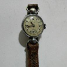 Relojes de pulsera: RELOJ DE PULSERA DE SEÑORA, MARCA TITAN, DIAMETRO 22 MM, FUNCIONA. Lote 172630650