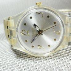 Relojes de pulsera: BONITO SWATCH BUEN ESTADO MODELO ALEGRE FUNCIONA PERFECTO AÑO 2007 LOTE WATCHES. Lote 173882173