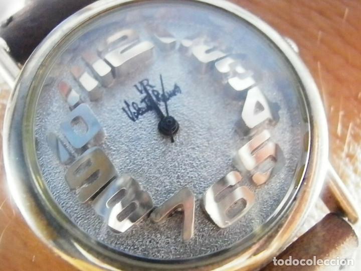 PRECIOSO RELOJ AÑOS 90 FIN STOK INUSUAL Y PRECIOSO DISEÑO FUNCIONA LOTE WATCHES (Relojes - Pulsera Carga Manual)