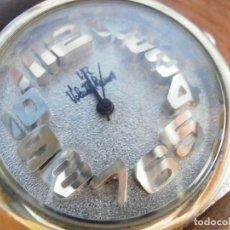 Relojes de pulsera: PRECIOSO RELOJ AÑOS 90 FIN STOK INUSUAL Y PRECIOSO DISEÑO FUNCIONA LOTE WATCHES. Lote 174011685