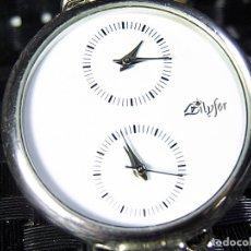 Relojes de pulsera: BONITO RELOJ UNISEX AÑOS 90 CON DOBLE HORA FUCNIONA PERFECTO LOTE WATCHES MONTRE. Lote 174037909