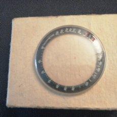Relojes de pulsera: VIDRO COM ESCALA CRONÓGRAFO OMEGA. Lote 175042403