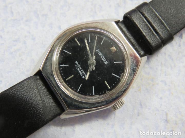 Relojes de pulsera: LOTE DE 3 RELOJES DE PULSERA MARCA BIFORA DE CUERDA MECANICOS, DE LOS AÑOS 50, CORREAS DE CUERO - Foto 6 - 175536095