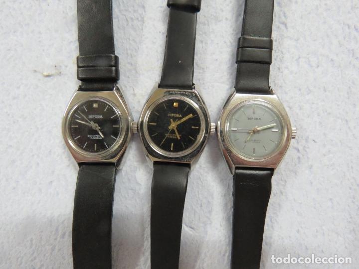 LOTE DE 3 RELOJES DE PULSERA MARCA BIFORA DE CUERDA MECANICOS, DE LOS AÑOS 50, CORREAS DE CUERO (Relojes - Pulsera Carga Manual)