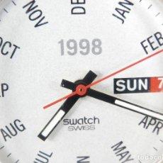 Relojes de pulsera: ESPECIAL SWATCH DE COLECCION AÑO 1997 CON CALENDARIO DEL AÑO 1998 LOTE WATCHES. Lote 176521412