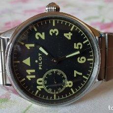 Relojes de pulsera: RELOJ MILITAR RUSO MOLNIJA PILOT DE MEDIADOS DE LOS 80, DOTADO DE DOS CORREAS . Lote 176901518