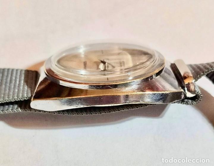 Relojes de pulsera: VINTAGE SANGINE,CAL. FE 233-60 , 17 RUBIS - 39 X 39 M/M.- C/C. FUNCIONA BIÉN - Foto 5 - 178661760