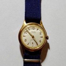 Relojes de pulsera: RELOJ VINTAGE INDUR,MAQUINA A CUERDA,CALIBRE UWERSI 15 JEWELS,SEGUNDERO,CAJA CHAPADA EN ORO 33 M/M.Ø. Lote 131116488