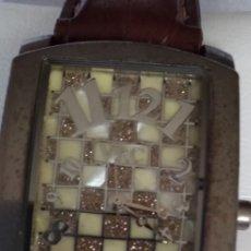 Relojes de pulsera: RELOJ ( MUY BUSCADO, VRC QUARTZ NICKEL FREE ), CAJA 32 POR 42 . MÁS EN MÍ PERFIL. Lote 172233610