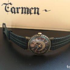 Relojes de pulsera: CURIOSO Y BOTITO RELOJ RUSO ESFERA NEGRA DORADA Y LUNA MENGUANTE, DE CABALLERO, FUNCIONANDO. Lote 182855897