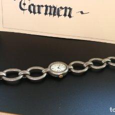 Relojes de pulsera: BOTITO RELOJ ANTIGUO DE CUERDA Y PULSERA EN FORMA DE CADENA, FUNCIONANDO. Lote 182859008