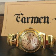 Relojes de pulsera: BOTITO RELOJ DORADO DE CABALLERO ANTIGUO DE CUERDA, RESTO DE EXPOSICIÓN DE RELOJERÍA YA CERRADA. Lote 182860548
