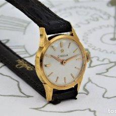 Relojes de pulsera: OMEGA-DE ORO 18K-RELOJ DE PULSERA DE DAMA-DE CUERDA-VINTAGE-FUNCIONANDO. Lote 184842440