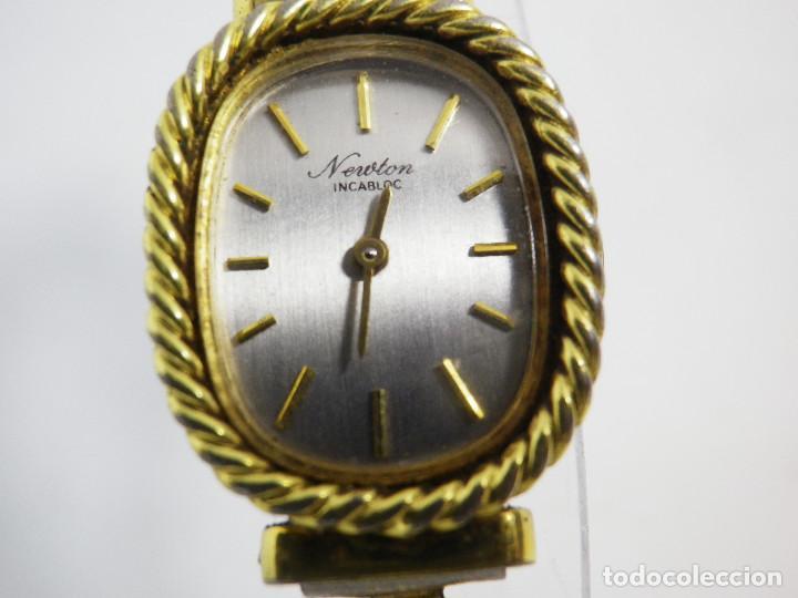 ANTIGUO ORIGINAL NEWTON DAMA MECANICO AÑOS 70 BUEN ESTADO FUNCIONA LOTE WATCHES (Relojes - Pulsera Carga Manual)