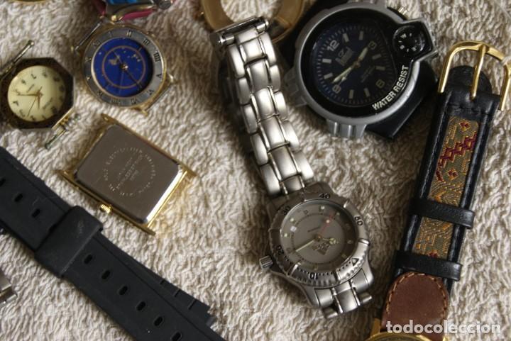Relojes de pulsera: LOTE DE 34 RELOJES QUARTZ SIN REVISAR F23 - Foto 8 - 194859208