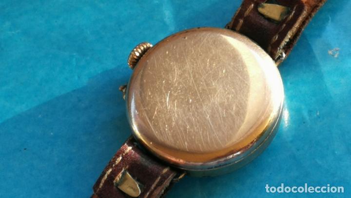 Relojes de pulsera: Botito y rarote reloj de pulsera, funciona pero a veces se para, por tanto para reparar o piezas - Foto 6 - 195048415