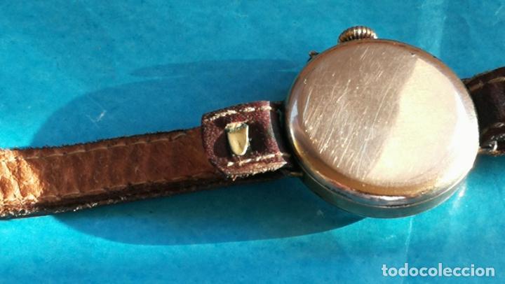 Relojes de pulsera: Botito y rarote reloj de pulsera, funciona pero a veces se para, por tanto para reparar o piezas - Foto 7 - 195048415