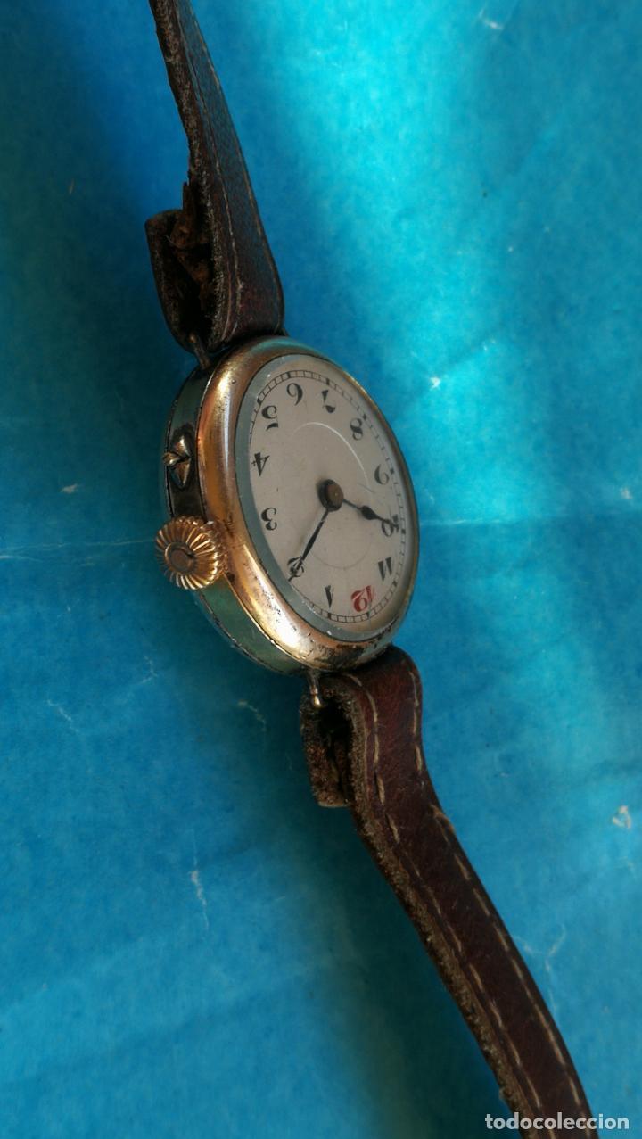 Relojes de pulsera: Botito y rarote reloj de pulsera, funciona pero a veces se para, por tanto para reparar o piezas - Foto 10 - 195048415