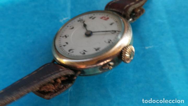 Relojes de pulsera: Botito y rarote reloj de pulsera, funciona pero a veces se para, por tanto para reparar o piezas - Foto 11 - 195048415