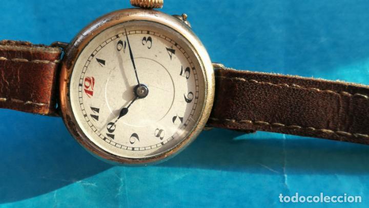 Relojes de pulsera: Botito y rarote reloj de pulsera, funciona pero a veces se para, por tanto para reparar o piezas - Foto 15 - 195048415