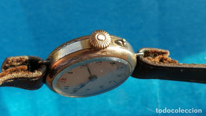 Relojes de pulsera: Botito y rarote reloj de pulsera, funciona pero a veces se para, por tanto para reparar o piezas - Foto 17 - 195048415