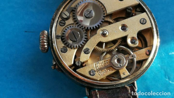 Relojes de pulsera: Botito y rarote reloj de pulsera, funciona pero a veces se para, por tanto para reparar o piezas - Foto 19 - 195048415