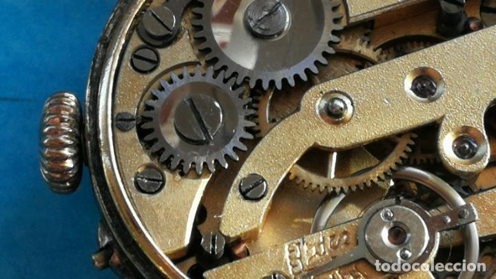 Relojes de pulsera: Botito y rarote reloj de pulsera, funciona pero a veces se para, por tanto para reparar o piezas - Foto 21 - 195048415