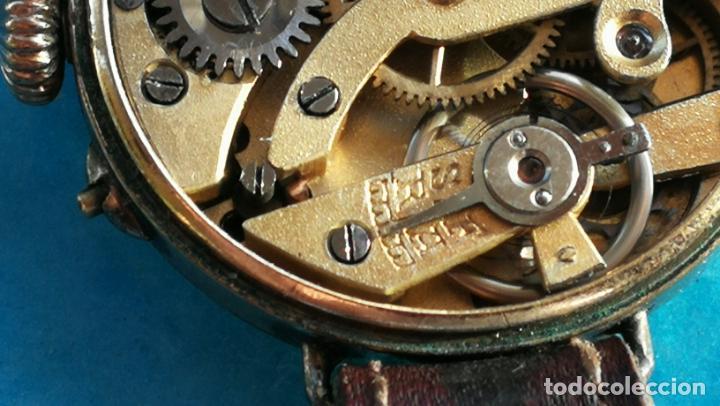 Relojes de pulsera: Botito y rarote reloj de pulsera, funciona pero a veces se para, por tanto para reparar o piezas - Foto 22 - 195048415