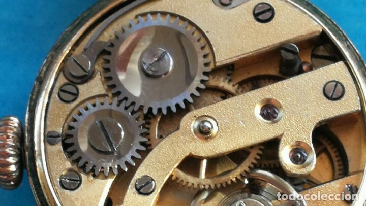 Relojes de pulsera: Botito y rarote reloj de pulsera, funciona pero a veces se para, por tanto para reparar o piezas - Foto 24 - 195048415