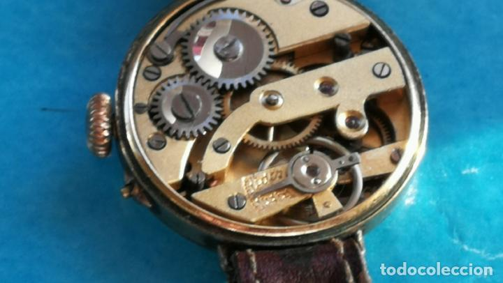 Relojes de pulsera: Botito y rarote reloj de pulsera, funciona pero a veces se para, por tanto para reparar o piezas - Foto 25 - 195048415