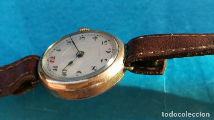 Relojes de pulsera: Botito y rarote reloj de pulsera, funciona pero a veces se para, por tanto para reparar o piezas - Foto 31 - 195048415