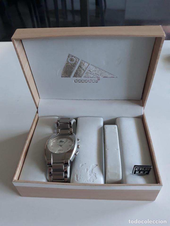 RELOJ DE HOMBRE DE LA MARCA DAAODAS. NUEVO (Relojes - Pulsera Carga Manual)