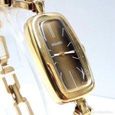 Relojes de pulsera: RELOJ VINTAGE DE SEÑORA MARCA INSAWATCH AÑOS 60 DE CARGA MANUAL Y NUEVO A ESTRENAR. Lote 213811296