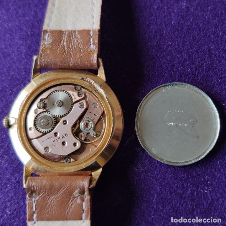 Relojes de pulsera: ANTIGUO RELOJ DE PULSERA TITAN. SWISS. CARGA MANUAL-CUERDA.EN FUNCIONAMIENTO.AÑOS 60.CABALLERO. - Foto 3 - 216576421