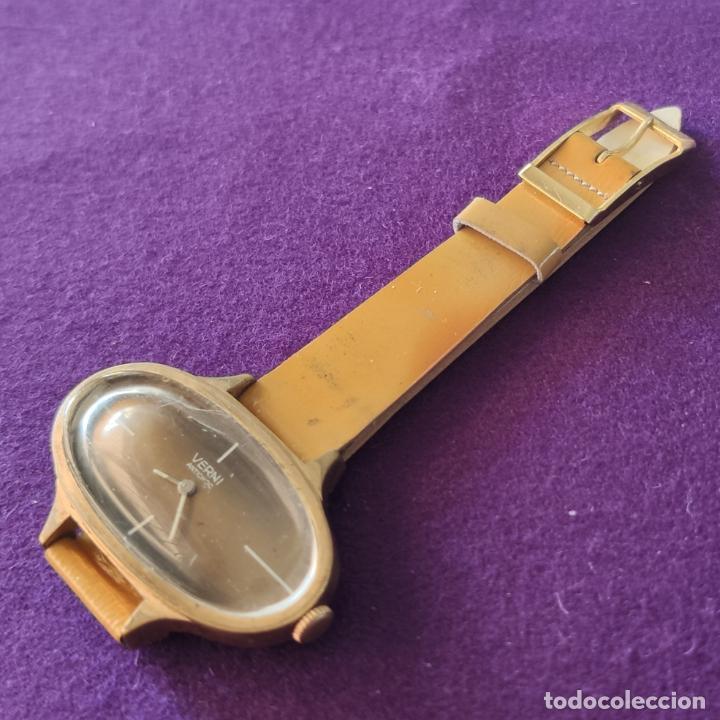 Relojes de pulsera: ANTIGUO RELOJ DE PULSERA VERNI. CARGA MANUAL-CUERDA. AÑOS 60. - Foto 3 - 216842528