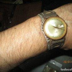 Relojes de pulsera: OSCAR 17 RUBIS CALENDARIO INCABLOC SUIZA PRECIOSO Y ANTIGUO RELOJ CABALLERO CHAPADO DE ORO. Lote 218470693