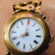Relojes de pulsera: RELOJ DE PULSERA MUJER CON CARGA MANUAL, ESFERA PORCELANA. Lote 221692967