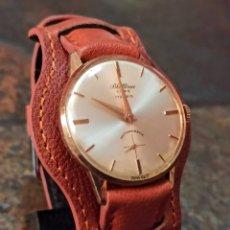Relojes de pulsera: RELOJ SWSS BLATINA DE LUXE 17 RUBIS DE CARGA MANUAL FUNCIONA EL RELOJ MUY BIEN CONSERVADO Y LA PULS. Lote 222081016