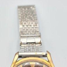 Relojes de pulsera: RELOJ DE PULSERA. SIN MARCA VISIBLE. CAJA DE METAL. SUIZA, 17 JEWELS. CIRCA 1960. Lote 228103635