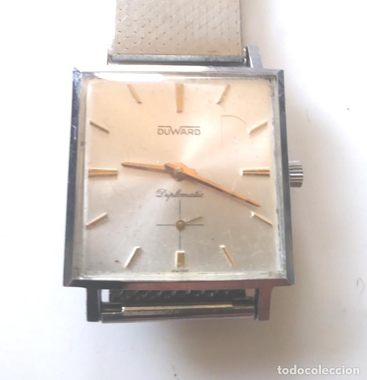 DUWARD DIPLOMATIC RELOJ SUIZO, FUNCIONA, CAJA Y CORREA DE ACERO. MED 28 MM SIN CONTAR CORONA (Relojes - Pulsera Carga Manual)