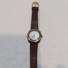 Relojes de pulsera: ANTIGUO RELOJ BENETTON BY BULOVA CORREA DE PIEL. Lote 254148830