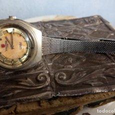 Relojes de pulsera: ANTIGUO RELOJ CALENDARIO DE CABALLERO O SEÑORA PARA RESTAURAR BISUTEX LUXE 17 RUBÍES ANTICHOC. Lote 258121190