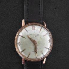Relojes de pulsera: RELOJ DE PULSRRA TITAN SWISS MADE A CUERDA. Lote 277460153